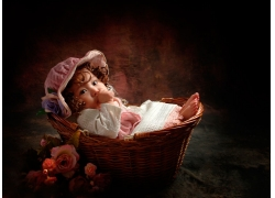 花篮里的宝宝
