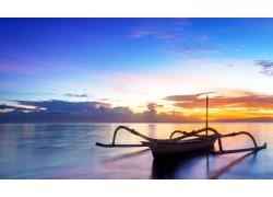 海边的小船风景