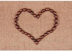 心形排列的项链