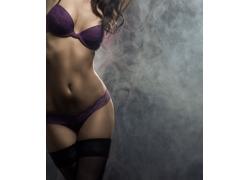 紫色内衣模特美女