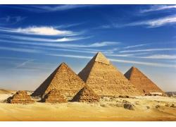 金字塔美景