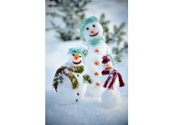 可爱的雪人家庭