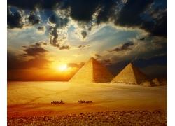 金字塔日落风景