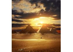 金字塔傍晚风景