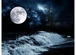 月亮和海浪风景