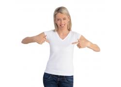 女士V领T恤设计