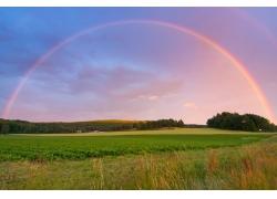 田园彩虹风景