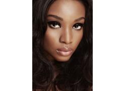 黑人美女脸部特写