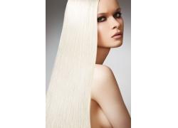 白发美女模特