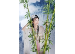古装美女与绿竹