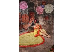 牡丹花与性感美女