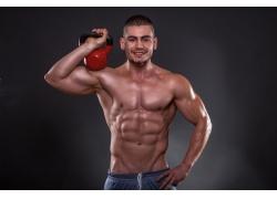 肌肉强壮的男人图片