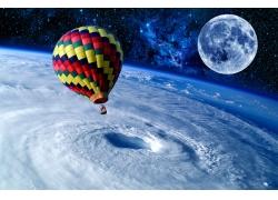白球与太空