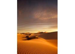 美丽沙漠黄昏风景