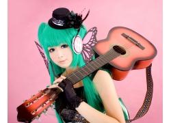 那吉他的动漫女孩