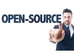 点击开源字母的商务男人