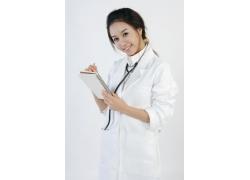 拿着笔记本的护士美女