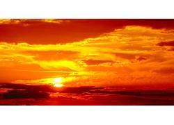 黄昏夕阳火烧云