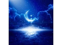 美丽的云彩与月亮星星