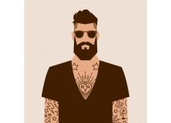 戴墨镜的纹身男人