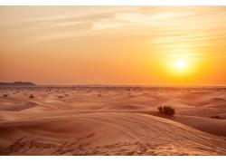 沙漠黄昏美景