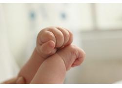可爱宝宝双手