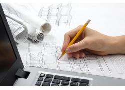 画图纸的建筑工程师