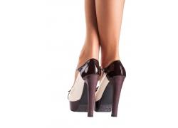 穿高跟鞋的美腿