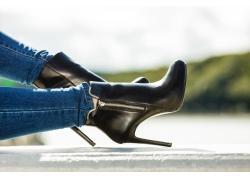 女性双脚摄影
