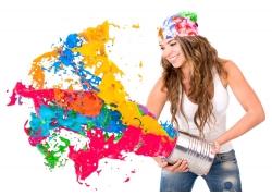 喷彩色油漆的性感美女