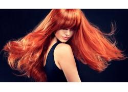 火红的秀发