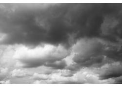 天空中的乌云