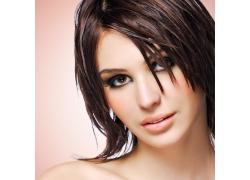 短发美女模特