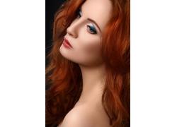 金发女模特儿