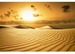 黄昏与沙漠