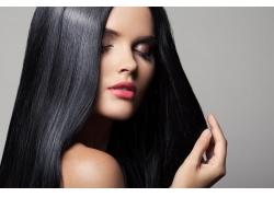 黑色靓丽的秀发