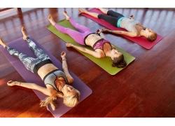 放松的瑜伽图片