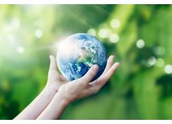 手心中的地球