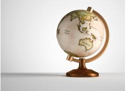 复古地球仪