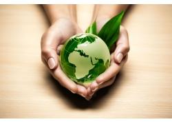 绿色的水晶地球