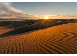 沙漠中的太阳