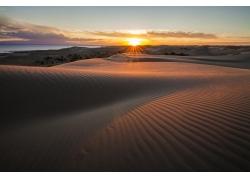 沙漠日出美景
