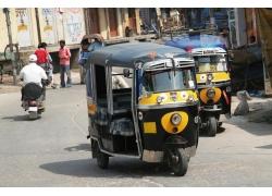 印度街道上的三轮车