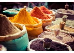 彩色粉末与调料