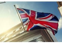 旗杆上的英文国旗