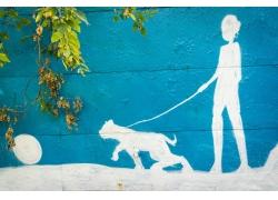遛狗的女孩插画图片