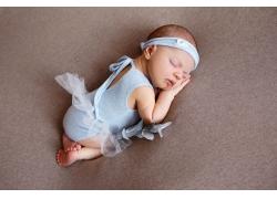 Incredible and sweet newborn baby sleeps on a blanket (3)