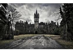 旧破欧式城堡风光