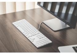 桌面上的电脑