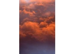 夕阳下的云朵